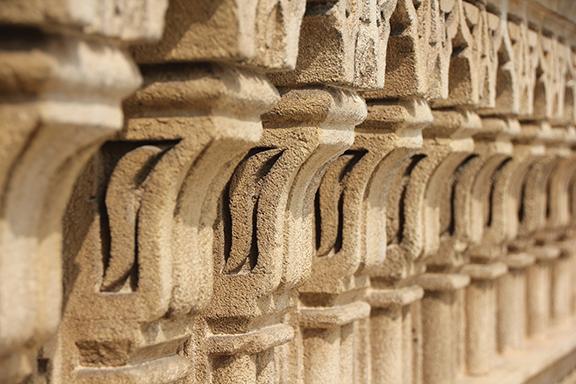line of pillars
